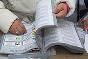 Cancelación de boletas sobrantes election, elección, elections, elecciones, votacion, 2012, july, julio, democracy, politics, política, democracia, jornada, ciudadanía, ciudadano, citizenship, citizen, participación, lucha, sistema, system