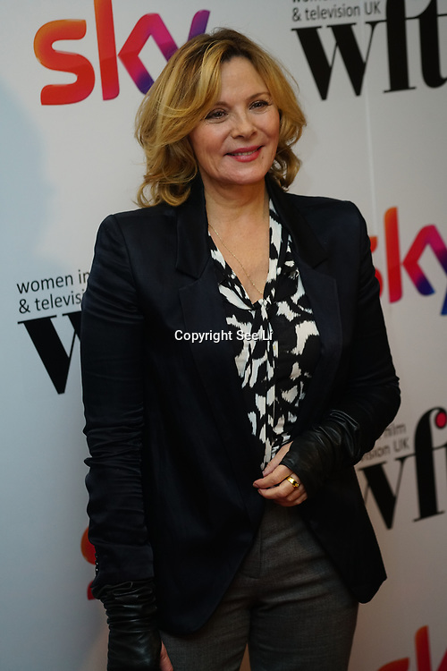 London Hilton, Park lane, England, UK. 1st December 2017. Kim Cattrall attends the Sky Women in Film and TV Awards.