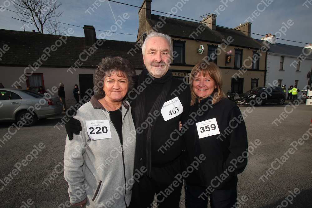 Ann Moroney, Kevin Whelan and Breda Latham pictured at the West Clare Mini Marathon in Carrigaholt on Sunday.<br /> Pic. Brian Arthur/ Press 22.