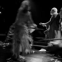 Theatre Elizabeth Czerczuk - Les inassouvis