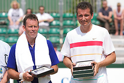 MANCHESTER, ENGLAND: Richard Krajicek (NED) and Jeremy Bates (GBR) on Day 4 of the Manchester Masters Tennis Tournament at the Northern Tennis Club. (Pic by David Tickle/Propaganda)