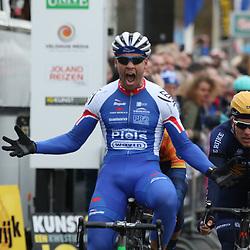 05-03-2016: Wielrennen: Ster van Zwolle: Zwolle  <br /> ZWOLLE (NED) wielrennen:  <br /> De Ster van Zwolle is traditionele opening van het Nederlandse wielerseizoen. Jeff Vermeulen (Hoogvliet) wint de 56e Ster van Zwolle voor Coen Vermeltvoort en
