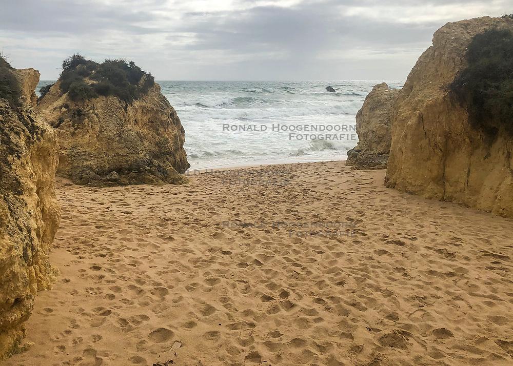 24-04-2019 POR: Vacation Algarve 2019 day 1, Albufeira