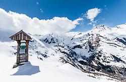 THEMENBILD - eine stillgelegte Notrufsäule im Schnee mit den umliegenden Bergen. Die Grossglockner Hochalpenstrasse verbindet die beiden Bundeslaender Salzburg und Kaernten mit einer Laenge von 48 Kilometer und ist als Erlebnisstrasse vorrangig von touristischer Bedeutung, aufgenommen am 2. Mai 2017, Fusch a. d. Glocknerstrasse, Oesterreich // a emergency pillar in the snow with the surrounding mountains. The Grossglockner High Alpine Road connects the two provinces of Salzburg and Carinthia with a length of 48 km and is as an adventure road priority of tourist interest at Fusch a. d. Glocknerstrasse, Austria on 2017/05/02. EXPA Pictures © 2017, PhotoCredit: EXPA/ JFK