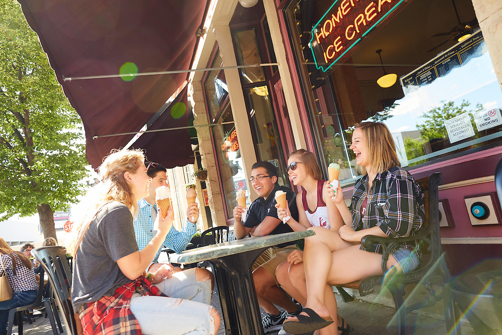 Activity; Socializing; Buildings; Downtown; Location; Outside; People; Woman Women; Man Men; Student Students; Summer; June; Time/Weather; day; Type of Photography; Candid; Lifestyle; UWL UW-L UW-La Crosse University of Wisconsin-La Crosse; Pearl Street; Ice Cream; Diversity
