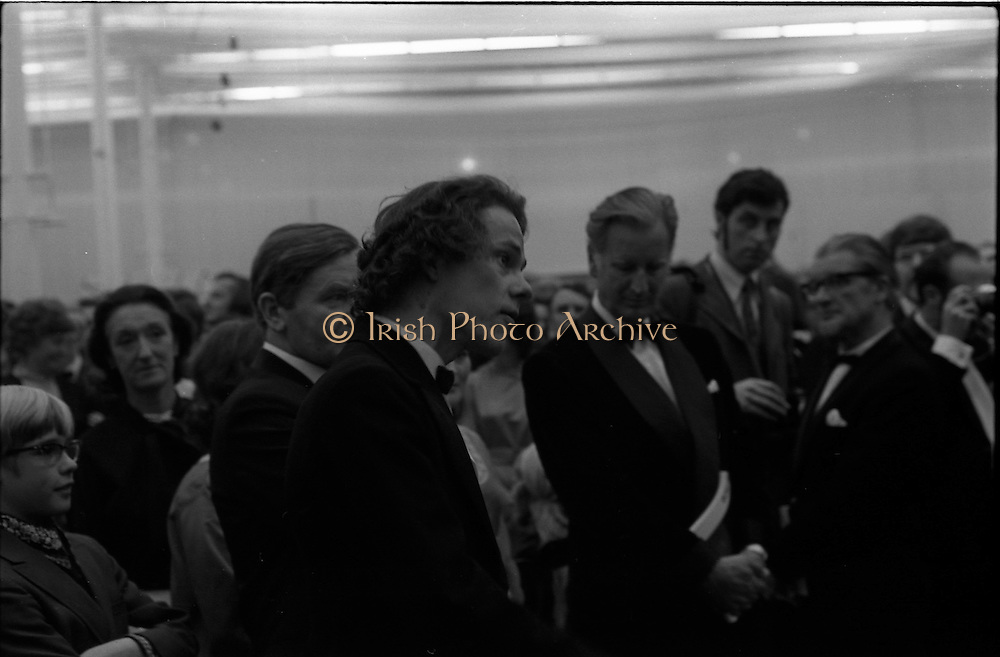 24/10/1971<br /> 10/24/1971<br /> 24 October 1971<br /> Opening of ROSC 1971 art exhibition at the RDS, Ballsbridge, Dublin. Picture shows one of the National College of Art Students who was protesting during the opening.