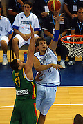 DESCRIZIONE : Madrid Spagna Spain Eurobasket Men 2007 Qualifying Round Italia Lituania Italy Lithuania<br /> GIOCATORE : Stefano Mancinelli <br /> SQUADRA : Italia Italy<br /> EVENTO : Eurobasket Men 2007 Campionati Europei Uomini 2007<br /> GARA : Italia Italy Lituania Lithuania<br /> DATA : 08/09/2007<br /> CATEGORIA : Tiro<br /> SPORT : Pallacanestro<br /> AUTORE : Ciamillo&Castoria/N.Parausic