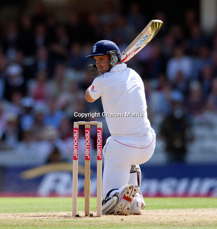 Andrew Strauss out, caught off Sreesanth, during the fourth and final npower Test Match between England and India at the Oval, London.  Photo: Graham Morris (Tel: +44(0)20 8969 4192 Email: sales@cricketpix.com) 19/08/11
