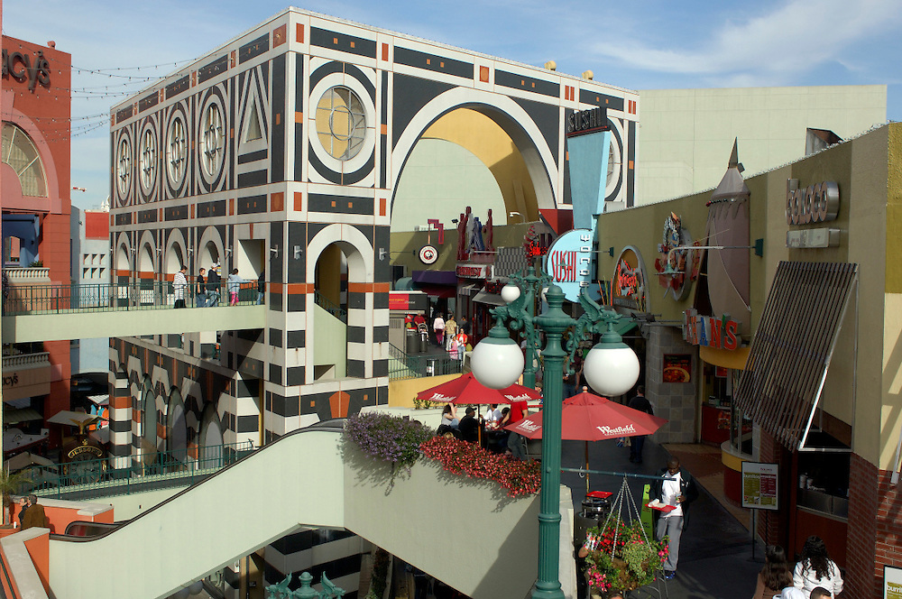 Shopping, Horton Plaza, Gaslamp Quarter, Downtown, San Diego, California, United States of America