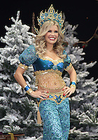 Melinda Messenger First Family Entertainment Pantomime photocall, Piccadilly Theatre, London UK, 26 November 2010: piQtured Sales: Ian@Piqtured.com +44(0)791 626 2580 (picture by Richard Goldschmidt)