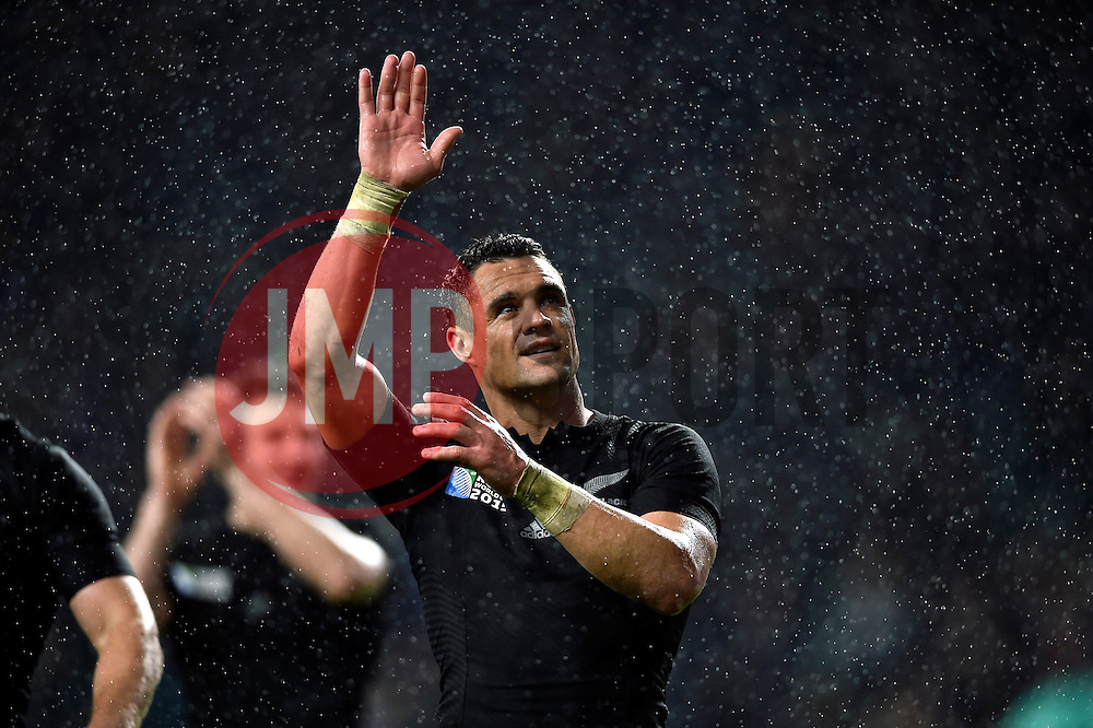 - Mandatory byline: Patrick Khachfe/JMP - 07966 386802 - 24/10/2015 - RUGBY UNION - Twickenham Stadium - London, England - South Africa v New Zealand - Rugby World Cup 2015 Semi Final.