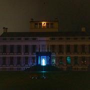 NLD/Soest/20181206 - KWF Kankerbestrijding onthult 3e editie lampionnenactie, lichtprojectie op het Paleis Soestdijk