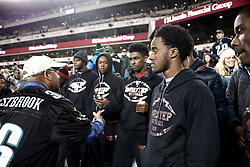 Philadelphia Mayor Michael Nutter shakes hands with some of the Panthers. <br /> <br /> Football players of PIAA AAA State champions Imhotep Panthers and Pop Warner Midget Div. I National Champions NW Raiders got invited to see the December 26, 2015 NFC East Division game between Washington Redskins and Philadelphia Eagles at Lincoln Financial. 9photo by Bastiaan Slabbers)