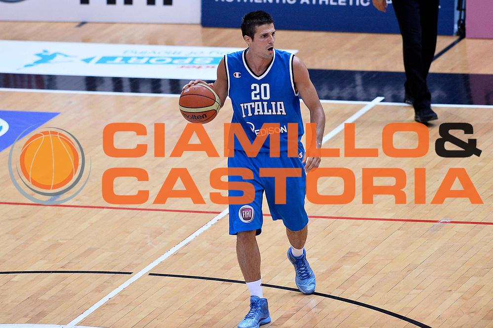 DESCRIZIONE : Trento Nazionale Italia Uomini Trentino Basket Cup Italia Olanda Italy Holland<br /> GIOCATORE : Andrea Cinciarini<br /> CATEGORIA : Palleggio<br /> SQUADRA : Italia Italy<br /> EVENTO : Trentino Basket Cup<br /> GARA : Italia Olanda Italy Holland<br /> DATA : 11/07/2014<br /> SPORT : Pallacanestro<br /> AUTORE : Agenzia Ciamillo-Castoria/GiulioCiamillo<br /> Galleria : FIP Nazionali 2014<br /> Fotonotizia : Trento Nazionale Italia Uomini Trentino Basket Cup Italia Olanda Italy Holland