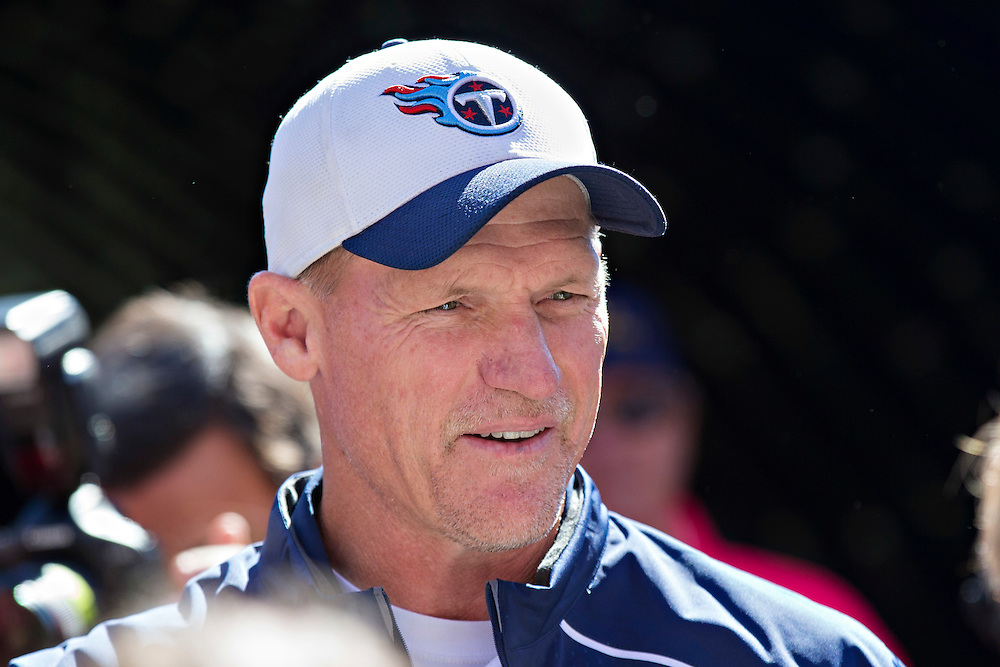 NASHVILLE, TN - OCTOBER 18:  Head Coach Ken Whisenhunt of the Tennessee Titans talks with fans before a game against the Miami Dolphins at LP Field on October 18, 2015 in Nashville, Tennessee.  The Dolphins defeated the Titans 38-10.  (Photo by Wesley Hitt/Getty Images) *** Local Caption *** Ken Whisenhunt