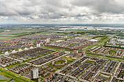 Nederland, Zuid-Holland, Zoetermeer, 28-04-2017; woonwijk Oosterheem, Vinex-locatie. Gebouwd in de droogmakerij Binnenwegsche polder. Kassengebeid Bleiswijk in de achtergrond.<br /> New residential area near The Hague.<br /> <br /> luchtfoto (toeslag op standard tarieven);<br /> aerial photo (additional fee required);<br /> copyright foto/photo Siebe Swart