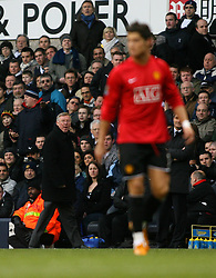 LONDON, ENGLAND - Saturday, February 2, 2008:Manchester United's managerSir Alex Ferguson watches Cristiano Ronaldo against Tottenham Hotspur during the Premiership match at White Hart Lane. (Photo by Chris Ratcliffe/Propaganda)