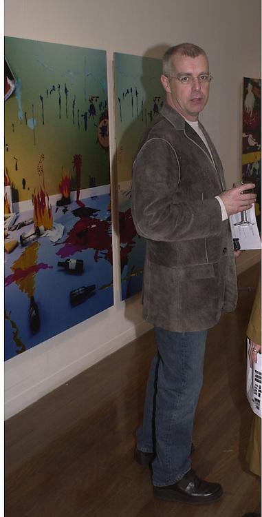 Neil tennant. Beck's Futures 2. I.C.A. 10 April 2001. © Copyright Photograph by Dafydd Jones 66 Stockwell Park Rd. London SW9 0DA Tel 020 7733 0108 www.dafjones.com