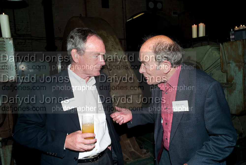 SIMON JENKINS; BOB JONES, Sir Harold Evans' My Paper Chase Book Launch. The Wapping Project, Wapping Hydraulic Power Station, London, 5 October 2009.