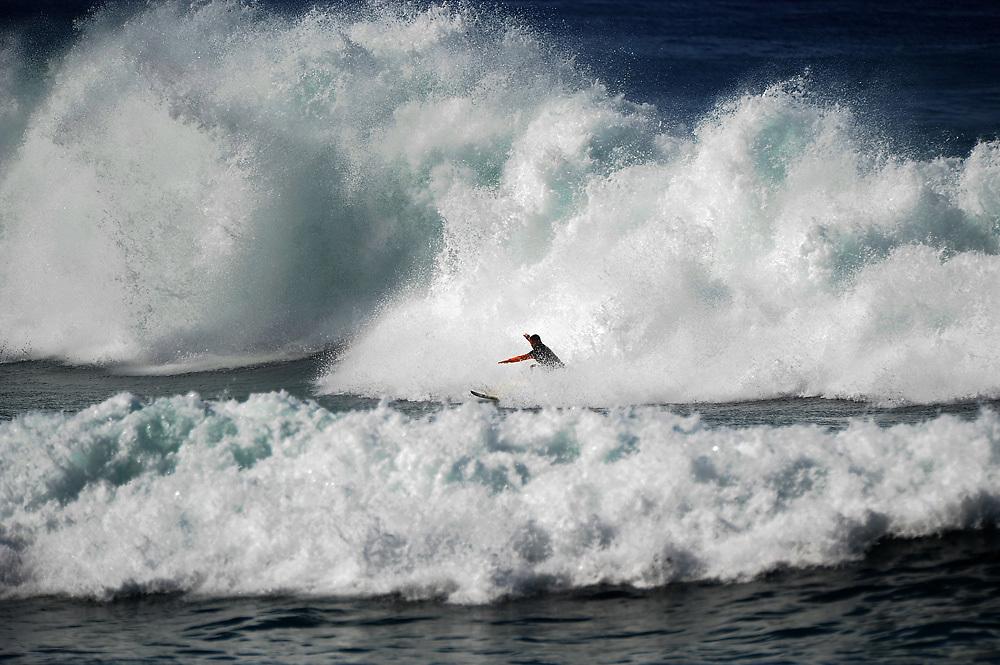 November 2nd 2010: Surfing at Makaha Oahu-Hawaii. Photo by Matt Roberts/mattrIMAGES.com.au