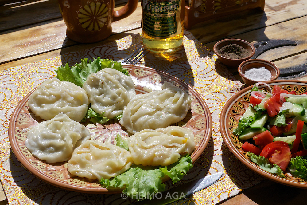 Uzbekistan, Bukhara.<br /> Traditional Manty (steamed dumplings).