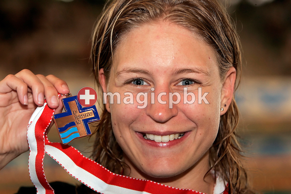 Third placed Kitty Zonderop of the Netherlands poses with her bronze medal after the award ceremony for the women's 200m individual medley (IM) final in the Hallenbad Oerlikon at the Swimming Swiss Championships in Zurich, Switzerland, Saturday 12 May 2007. (Photo by Patrick B. Kraemer / MAGICPBK)