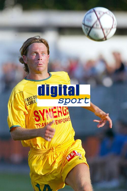 Fotball<br /> Oppkjøring til sesongstart i Frankrike 2003/2004<br /> Foto: DPPI/Digitalsport<br /> <br /> NORWAY ONLY<br /> <br /> FOOTBALL - SEASON 2003/2004 - FRIENDLY GAME - FC NANTES v LEGIA VARSOVIE - 030713 - OLIVIER QUINT (NAN) - PHOTO PIERRE MINIER / FLASH PRESS