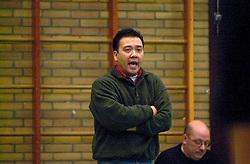 10-02-2001 VOLLEYBAL: NIVOC - SSS BARRNEVELD: NIEUWEGEIN<br /> SSS wint met 3-2 in Nieuwegein / Stewart Bernard<br /> ©2001-WWW.FOTOHOOGENDOORN.NL