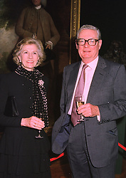 SIR ANTHONY & LADY TENNANT at an exhibition in London on January 7th 1998.<br /> MEK 4