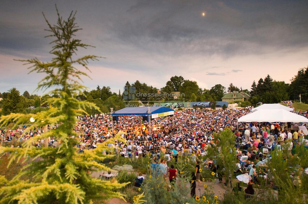 Denver Botanic Gardens Concert Denver Botanic Gardens Reveals 2015 Concert Lineup Cpr Summer