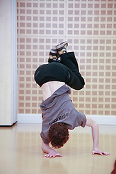 Get fit kids activities, break dance