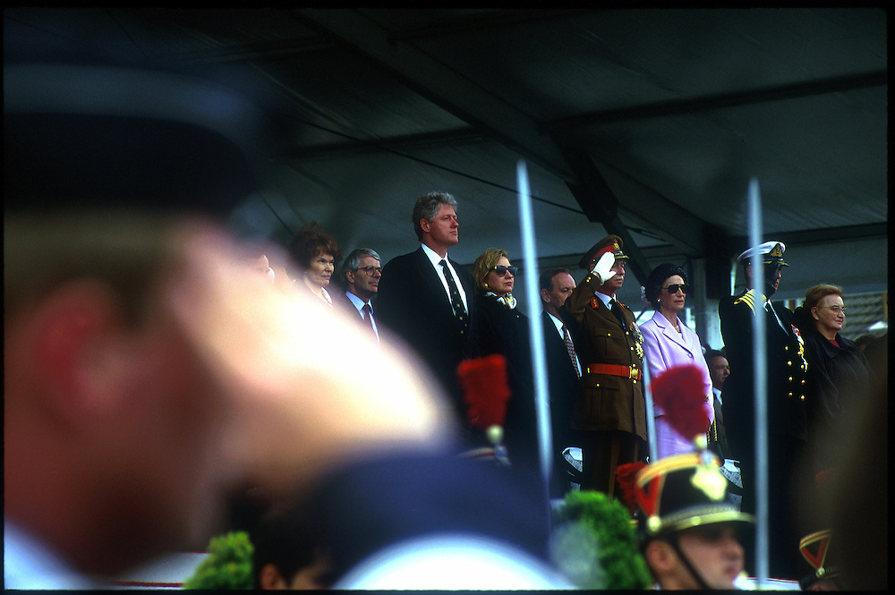 President Bill Clinton and other dignitaries at the 50th Anniversary of the D-Day landings. .Omaha Beach, Normandie, France.  6 June 1994..Photo © J.B. Russell