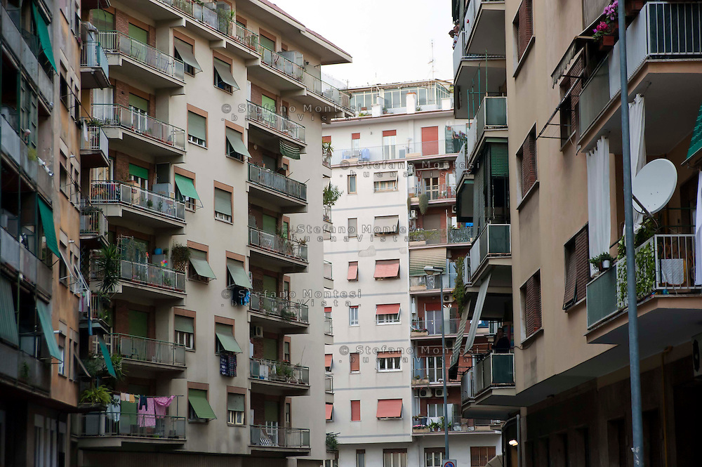 Roma 24 Marzo 2012. Edilizia popolare al quartiere di Casal Bertone...