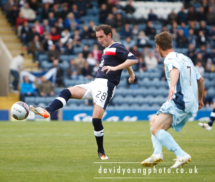 Dundee's Mark Kerr - Dundee v St Johnstone in the Clydesdale Bank Scottish Premier League at Dens Park.. - © David Young - 5 Foundry Place - Monifieth - DD5 4BB - Telephone 07765 252616 - email: davidyoungphoto@gmail.com - web: www.davidyoungphoto.co.uk