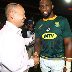 Eddie Jones (Head Coach) of England with Siya Kolisi (captain) of South Africa during the 2018 Castle Lager Incoming Series 1st Test match between South Africa and England at Emirates Airline Park,<br /> Johannesburg.South Africa. 09,06,2018 Photo by (Steve Haag Sports)