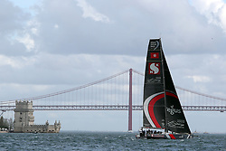 November 3, 2017 - Lisbon, Portugal - Sun Hung Kai - Scallywag team captained by Australian David Witt in action during the Volvo Ocean Race 2017-2018 In-port Race at the Tagus River in Lisbon, Portugal on November 3, 2017. (Credit Image: © Pedro Fiuza/NurPhoto via ZUMA Press)
