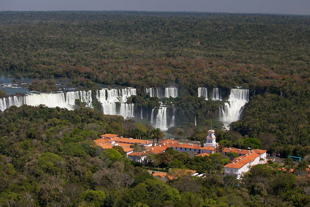 Foz do Iguacu_PR, 31 de agosto de 2012<br /> <br /> Producao de banco de imagens <br /> <br /> Imagens das cataratas do Iguacu<br />  <br /> Foto: JOAO MARCOS ROSA / NITRO