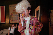 SEAN WILLIAM; REBECCA LAING; DAVID CARTER, Spoken Ink at 40Winks, Mile End Rd. Stepney, London. 29 July 2009