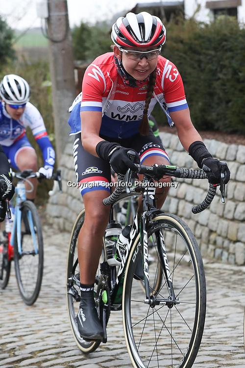 25-02-2017: Wielrennen: Omloop Het Nieuwsblad: Gent  <br />Anouska Koster