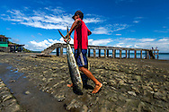 Muelle de pescadores artesanales en Puerto Limones, distrito de Barú, Provincia de Chiriquí, Panamá.