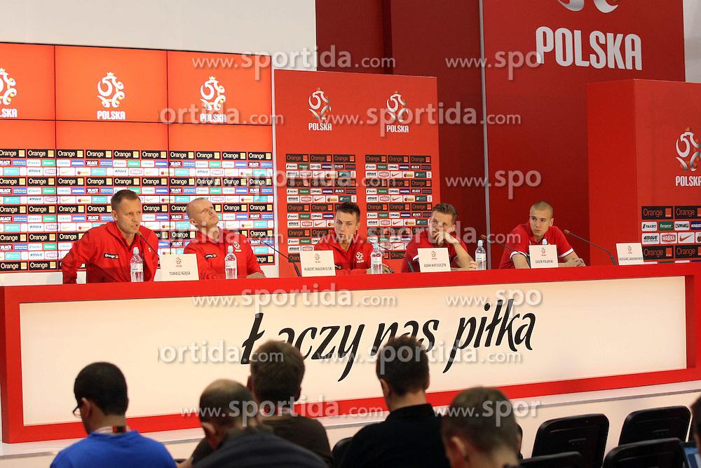 04.06.2012, Hyatt Regency, Warschau, POL, UEFA EURO 2012, Polen, Pressekonferenz, im Bild TOMASZ RZASA HUBERT MALOWIEJSKI ADAM MATUSZCZYK EUGEN POLANSKI  GRZEGORZ SANDOMIERSKI // during a Pressconference of Polish Nationteam at the Hyatt Regency, Warschau, Poland on 2012/06/04. EXPA Pictures © 2012, PhotoCredit: EXPA/ Newspix/ Piotr Kucza..***** ATTENTION - for AUT, SLO, CRO, SRB, SUI and SWE only *****