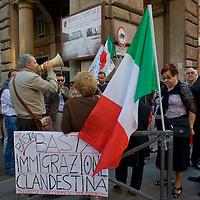 Manifestazione contro immigrazione a Piazza Vittorio