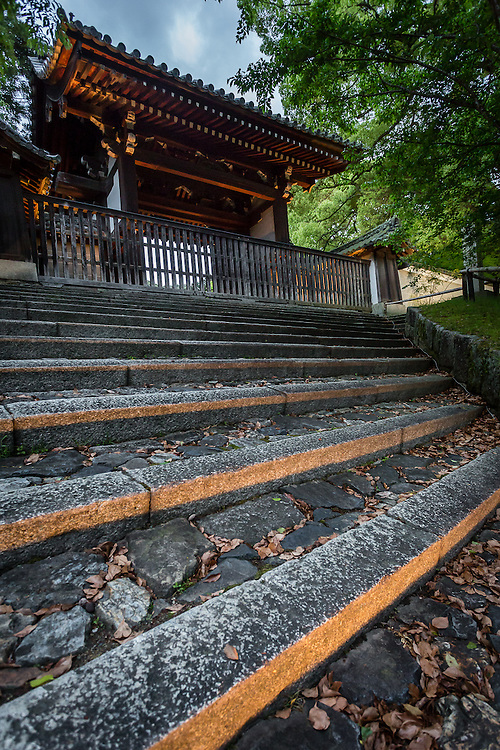 The side entrance to Shoren-in, one the 2000 temples in Kyoto
