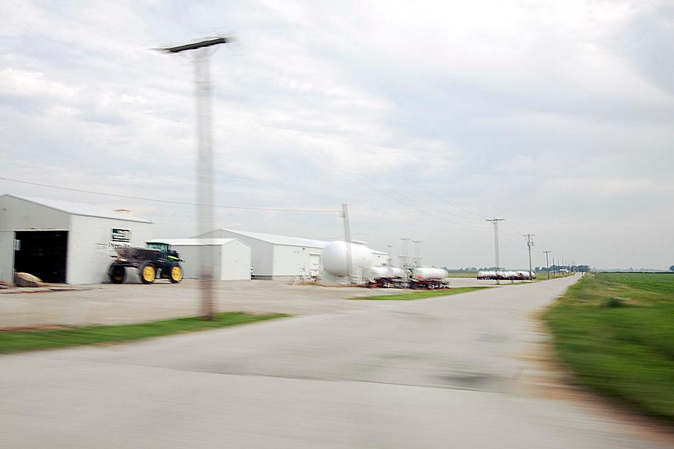 Fertilizer Dealer, Fairmount, IL.