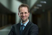 11 APR 2014, BERLIN/GERMANY:<br /> Klaus Mueller, Vorsitzender Verbraucherzentrale Bundesverband e.V., vzbv<br /> IMAGE: 20140411-01-089<br /> KEYWORDS: Klaus Müller