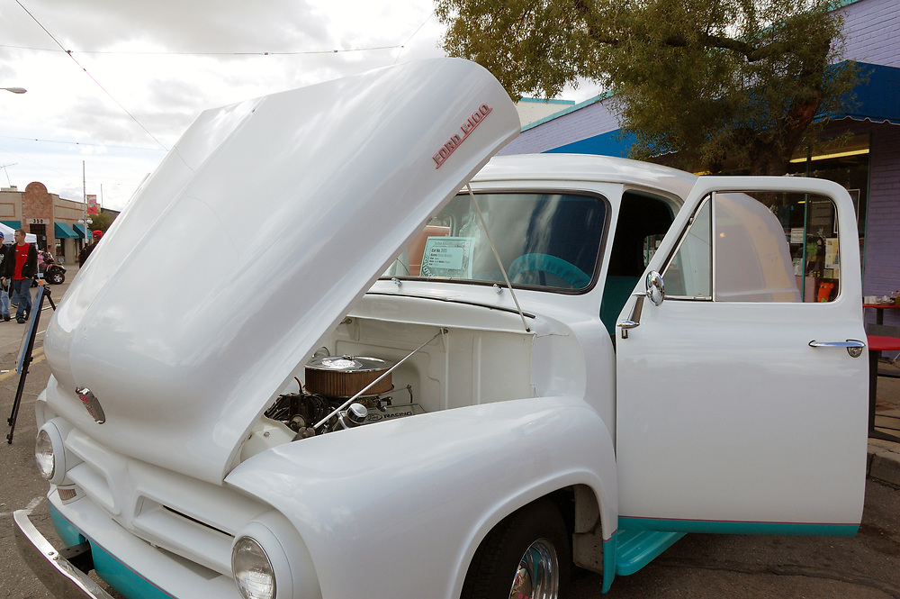 Vintage pickup truck at Fords on Fourth on Tucson's 4th Avenue. Event photography by Martha Retallick.