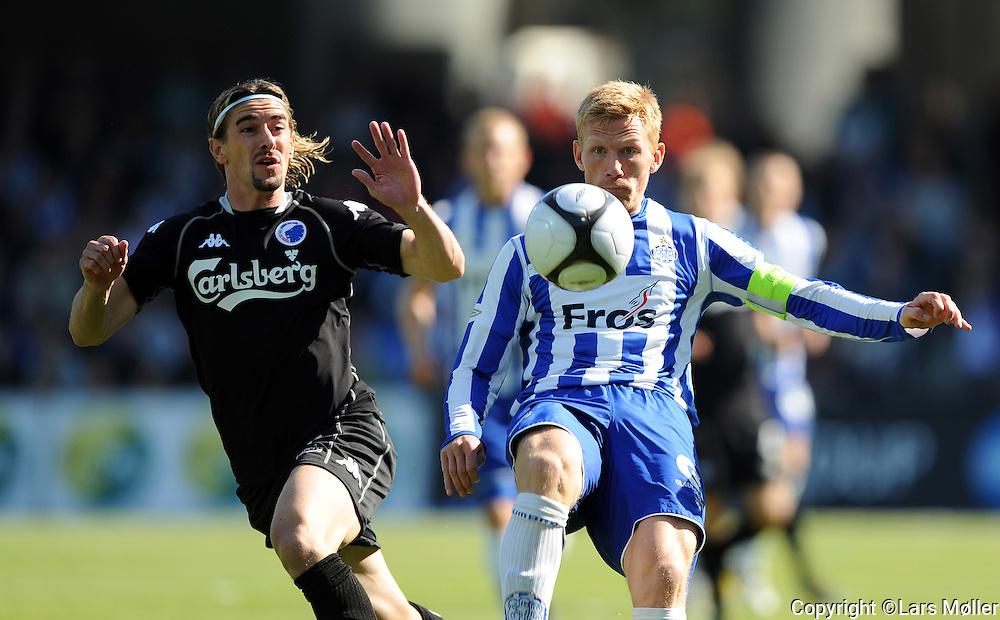 DK Caption:<br /> 20090524, Esbjerg, Danmark:<br /> SAS Liga fodbold Esbjerg - FC K&oslash;benhavn:<br /> C&eacute;sar Santin, FCK., Fredrik Bj&ouml;rck, EFB Esbjerg.<br /> Foto: Lars M&oslash;ller<br /> UK Caption:<br /> 20090524, Esbjerg, Denmark:<br /> SAS Liga football Esbjerg - FC Copenhagen:<br /> C&eacute;sar Santin, FCK., Fredrik Bj&ouml;rck, EFB Esbjerg.<br /> Photo: Lars Moeller