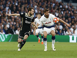 April 30, 2019 - London, England, United Kingdom - Tottenham Hotspur's Fernando Llorente and Daley Blind of Ajax.during UEFA Championship League Semi- Final 1st Leg between Tottenham Hotspur  and Ajax at Tottenham Hotspur Stadium , London, UK on 30 Apr 2019. (Credit Image: © Action Foto Sport/NurPhoto via ZUMA Press)