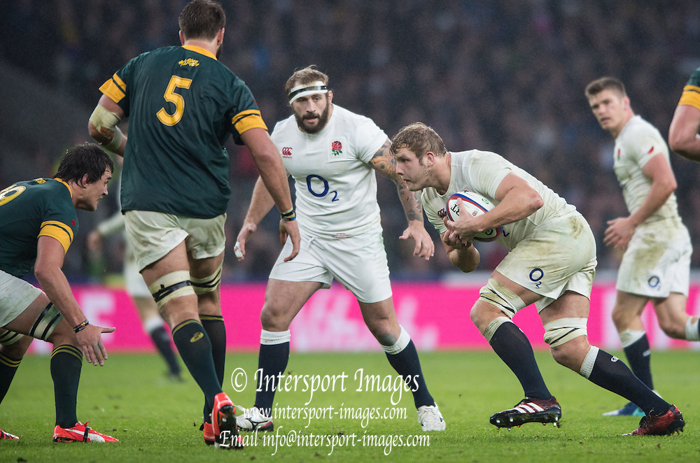 Twickenham, United Kingdom.  Joe LAUNCHBURY, running at the Springboks line. during the Old Mutual Wealth Series match.: England vs South Africa, at the RFU Stadium, Twickenham, England, Saturday, 12.11.2016<br /> <br /> [Mandatory Credit; Peter Spurrier/Intersport-images]