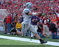 Kansas State quarterback Allan Evridge sprints into the endzone from seven yards out in the third quarter, to get the Wildcats within six points of the Huskers.  Nebraska defeated Kansas State 27-25 at Memorial Stadium in Lincoln, Nebraska, November 12, 2005.